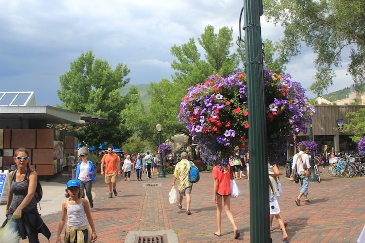 Amid summer smoke and eerie heat, Aspen plans to accelerate its  its emissions-reduction strategy